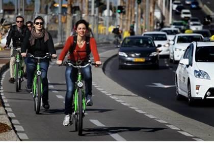 michael shine cyclists in tel aviv